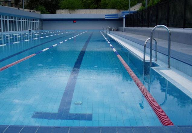 Псориаз и бассейн: купаться или не купаться больному псориазом?